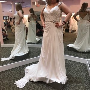 Unaltered Maggie Sottero wedding dress size 12